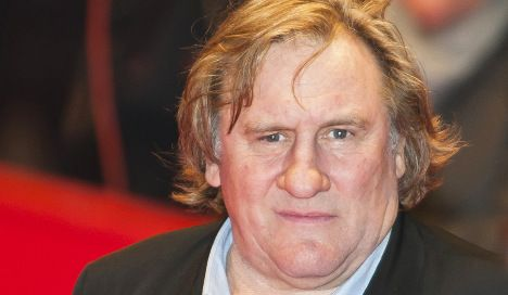 Depardieu 'was trying to pee into bottle' on delayed flight
