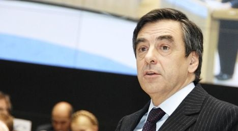 France to draw up new finance plan: Fillon