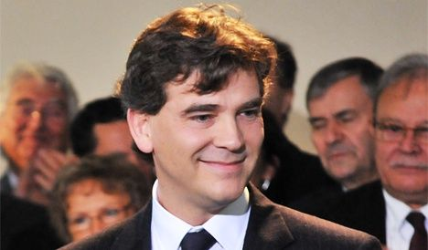 Third-placed Socialist to vote for Hollande