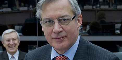 French bank chief: downgrade Brits first