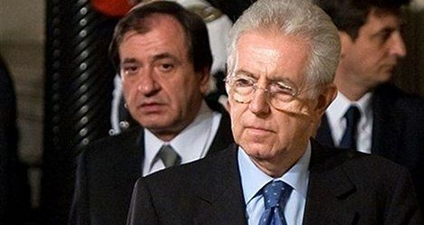 Hollande talks with Monti as focus shifts to Italy