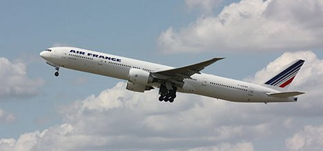 Air France flights delayed by Sandy