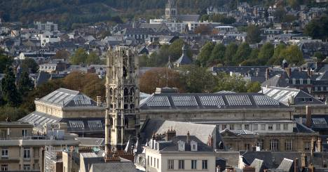 Pong from French gas leak reaches UK