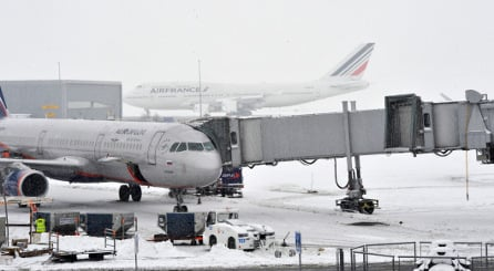 Snow causes travel chaos across France