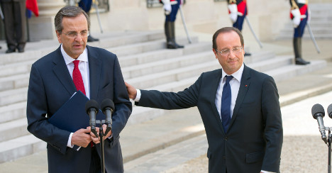 Hollande visits Greece in show of solidarity