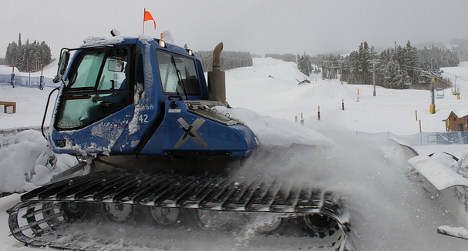 French ski resort shuts due to too much snow