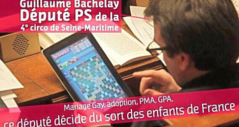 Bored MPs play Scrabble during gay marriage vote