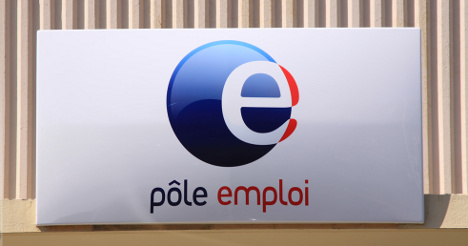 France creates 2,000 posts to deal with jobless