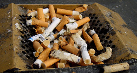 France mulls new ban on smoking to protect kids