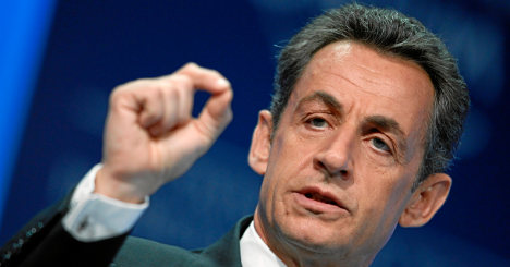 'Abuse' charges threaten Sarkozy comeback