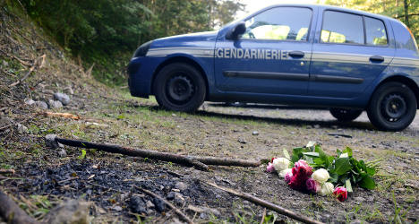 Alps murders: Police appeal in hunt for 4×4
