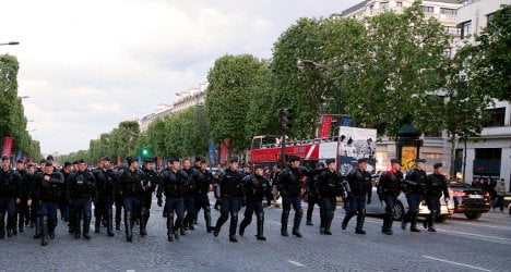 Police on alert for Paris gay marriage protest