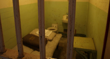 Judge frees inmate over wet and windy jail cell