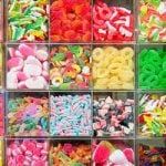 Girl uses stolen cheques to buy €2,600 of sweets
