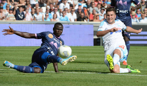 Marseille and Saint Etienne join Lyon on top