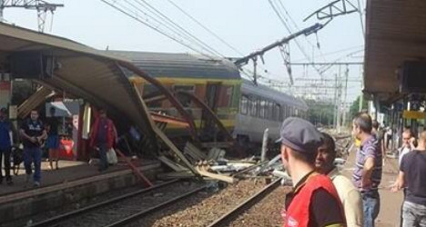 Crash victims file murder charges against rail firm