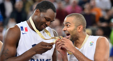 VIDEO: France crowned EuroBasket champions