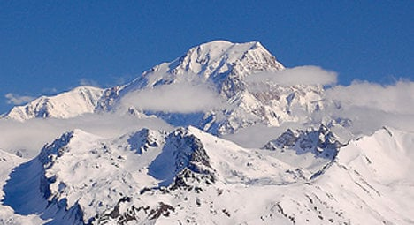 Climber finds treasure chest on Mont Blanc