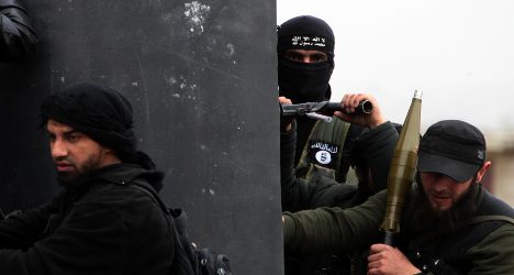 Minister's fears over '300' French Islamists in Syria