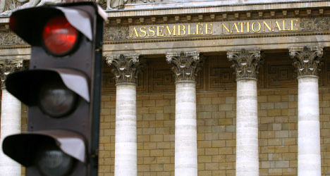 French lawmakers split over Syria action