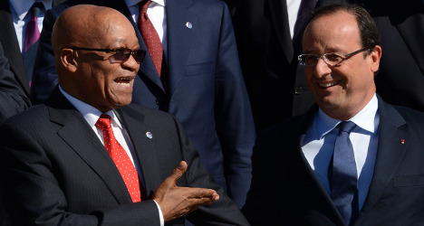 Hollande on security mission in South Africa