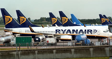 EasyJet and Ryanair hit by French strikes