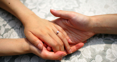 French woman fights for marriage to father-in-law