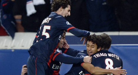 Blanc plays down hopes as PSG cruise into last 16