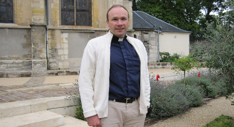 Boko Haram 'holding kidnapped French priest'