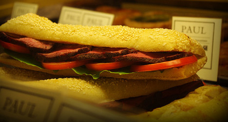 Baguettes rule burgers in French fast food wars