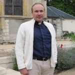 Islamist rebels free kidnapped French priest