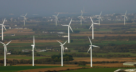 Expats and French unite against wind farms