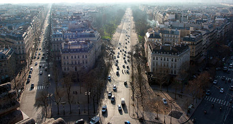 VIDEO: Paris mulls plan to turn busy avenue into park