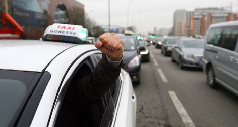 Taxi protests bring chaos to French roads, airports