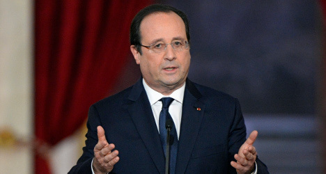 French advertisers have fun at Hollande's expense