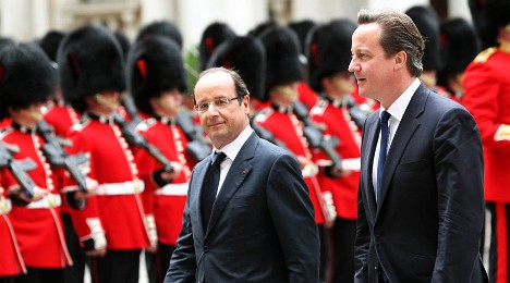 Cameron starts new year with 'swipe at France'