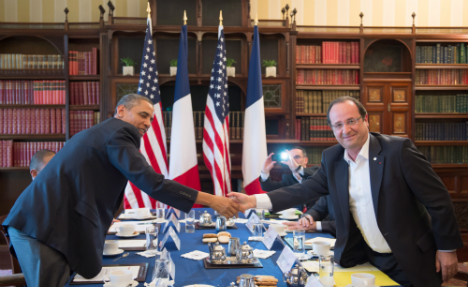 Hollande heads to US to boost French economy