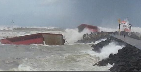 Cargo ship splits in two off French coast