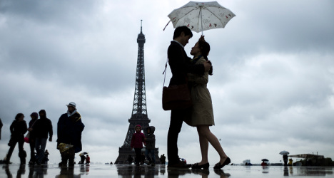 Ten reasons why it's good to date other expats