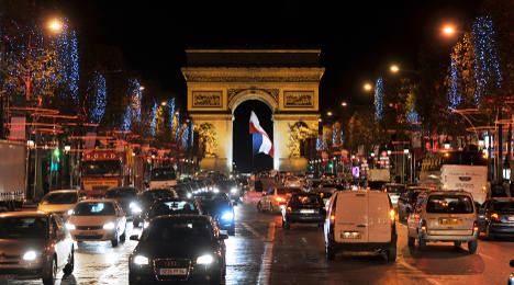 Paris pollution: Driving curbs to be lifted