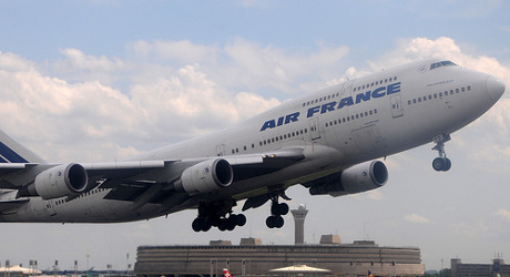 French airports hit by nationwide strike
