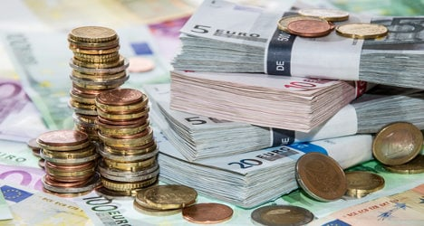 May holidays to cost French economy millions