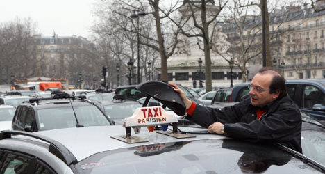 French taxi wars: New plan to end bitter feud