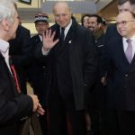 'Welcome to Paris': Minister charms Chinese