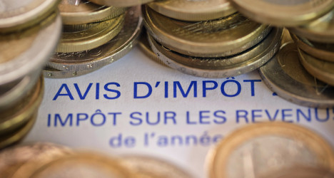 French income tax cuts for poorest to last to 2017