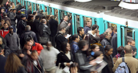 Are Paris commuters becoming more polite?