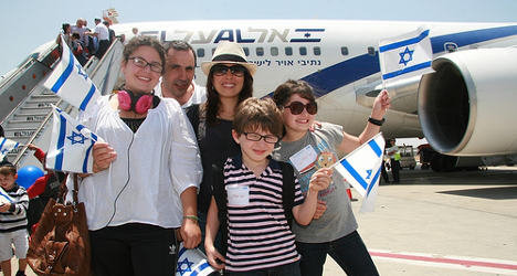 French Jews leave for Israel in record numbers