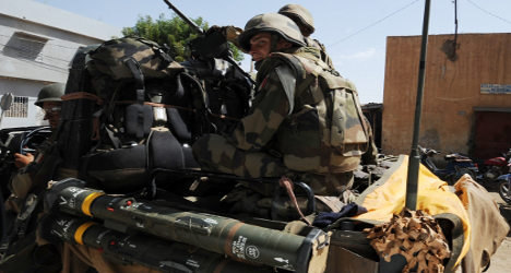 France calls for truce in latest Mali fighting