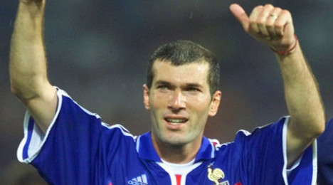 Zidane 'lined up for job as Bordeaux manager'
