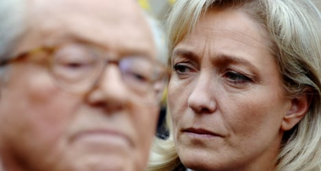 Furious Le Pen to write open letter to daughter